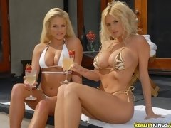 Cheating Wife Rhyse: Sun Kissed^milf Next Door (spec) Wife Porn Sex XXX Video Movie Cheat