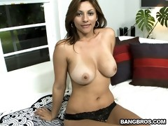Hot MILF Lisa, A Colombian Wife!